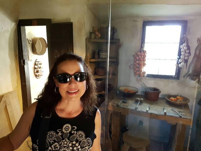 Sally Pimienta.